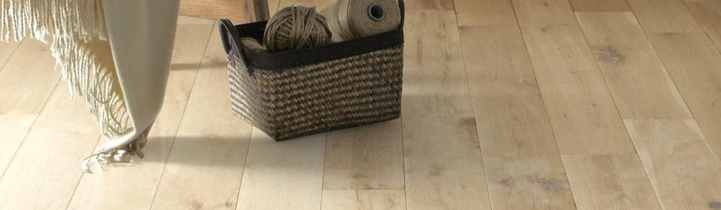 Een houten vloer kopen, het is best aan te raden zeggen ze bij de Vloerenboerderij in Borgercompagnie